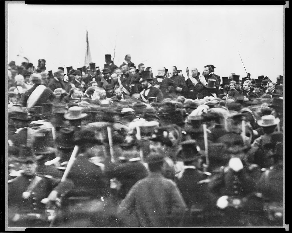 how does abraham lincoln use ethos in the gettysburg address After reading lincoln's the gettysburg address, identify persuasive techniques be sure to use textual evidence to support your response please respond to this post by 6:00 pm wednesday february 20, 2008.
